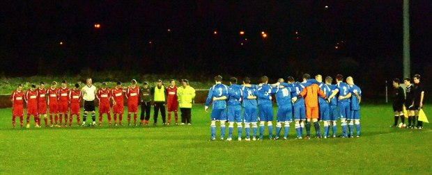 Prior to the Ton Pentre v Goytre United match, a minute silence was observed for Bulldogs fan and volunteer Mark Reynolds. His brother Kevin stood with the team at the centre circle.