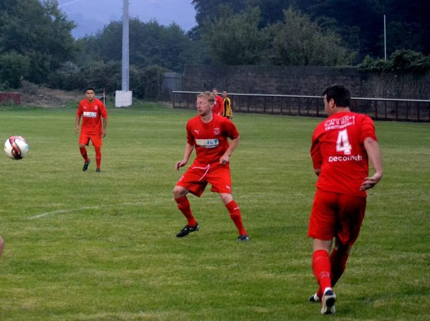 Nicky Jones gave the Bulldogs a 1-0 lead against Aberdare last week before the Cynon Valley Club hit back to win 2-1 Ynys Park.