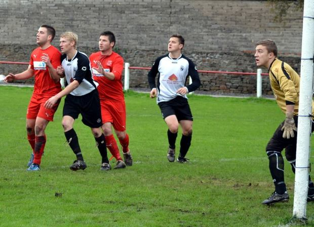 Ton Pentre v Sully Sports Action.