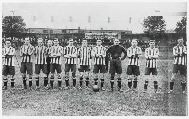 Pontypridd Dragons AFC line-up before a match at Taff Vale Park in 1921.