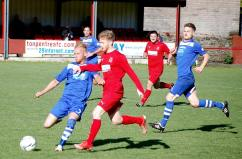 Shane Davies in action for the Bulldogs against Haverfordwest County.